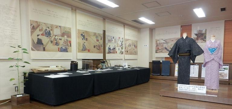 織物の道具の展示写真